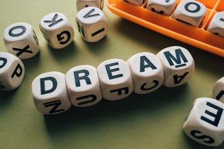 dream-1945680_640